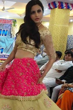 Jitika Arora - Model in Delhi | www.dazzlerr.com