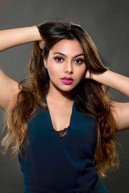 Anukriti Saraswat - Model in Lucknow   www.dazzlerr.com