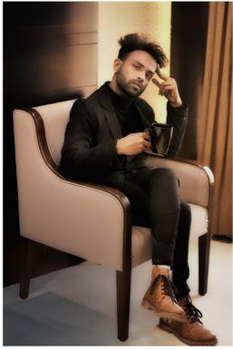 Aman Borasi - Modelling Choreographer in Indore | www.dazzlerr.com