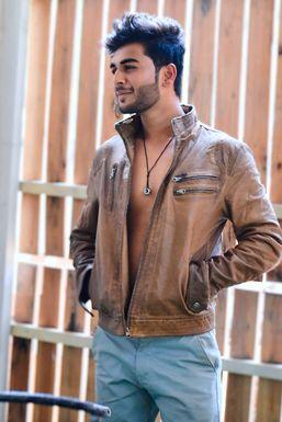 Gaurav Sarode - Actor in Thane | www.dazzlerr.com