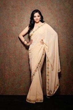 Suchitra Mayuri - Model in Mumbai   www.dazzlerr.com