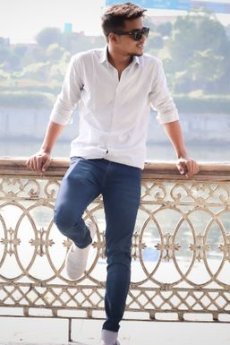 Atul Kumar Mishra - Actor in Lucknow | www.dazzlerr.com