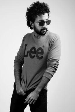 Aashik R G - Model in Hyderabad   www.dazzlerr.com
