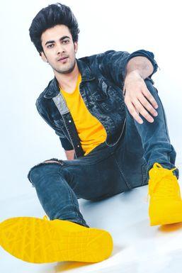 Abhishek Sharma - Actor in Mumbai   www.dazzlerr.com