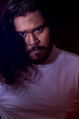 Soummyadip Halder - Actor in Kolkata | www.dazzlerr.com