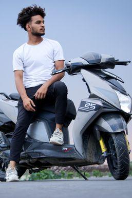 Rehan - Model in Delhi | www.dazzlerr.com