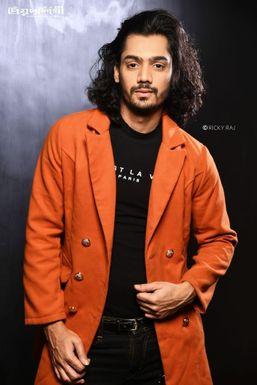 Sanjib Singh - Model in New Delhi   www.dazzlerr.com