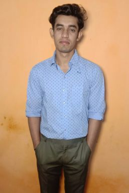 Sachin Dhiman - Actor in Delhi | www.dazzlerr.com