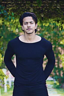Sahil Ahmad - Model in  | www.dazzlerr.com