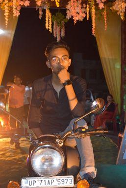 Diwakar Shukla  Delhi