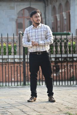 Dazzlerr - Sandeep Karmakar Influencer Jaipur