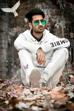 Dazzlerr - Syed Saliq Influencer Anantnag
