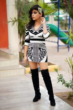 Dazzlerr - Monika Vaid Influencer Chandigarh