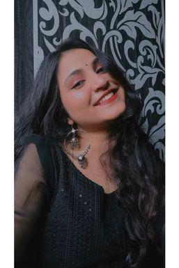 Dazzlerr - Preeti Shravan Jaiswal Influencer Navi Mumbai