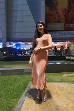 Dimple Chauhan - Actor in Chandigarh | www.dazzlerr.com