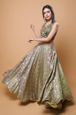 Shivani Yadav - Model in Mumbai   www.dazzlerr.com